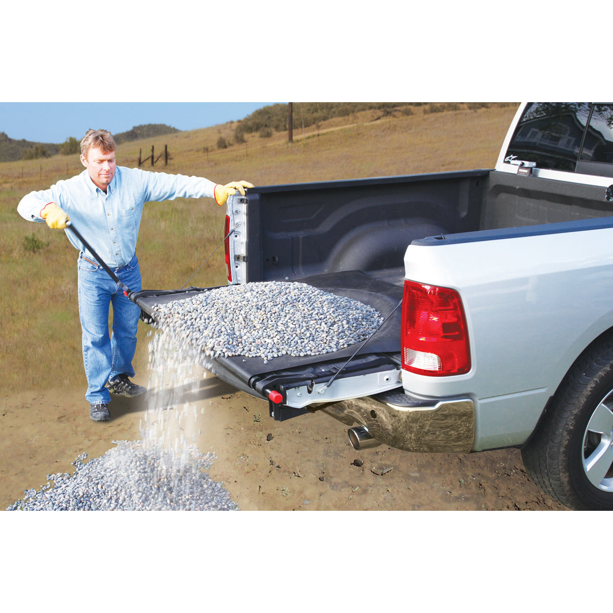 Rolling Truck Bed Covers >> 1/2 Ton Truck Bed Cargo Unloader