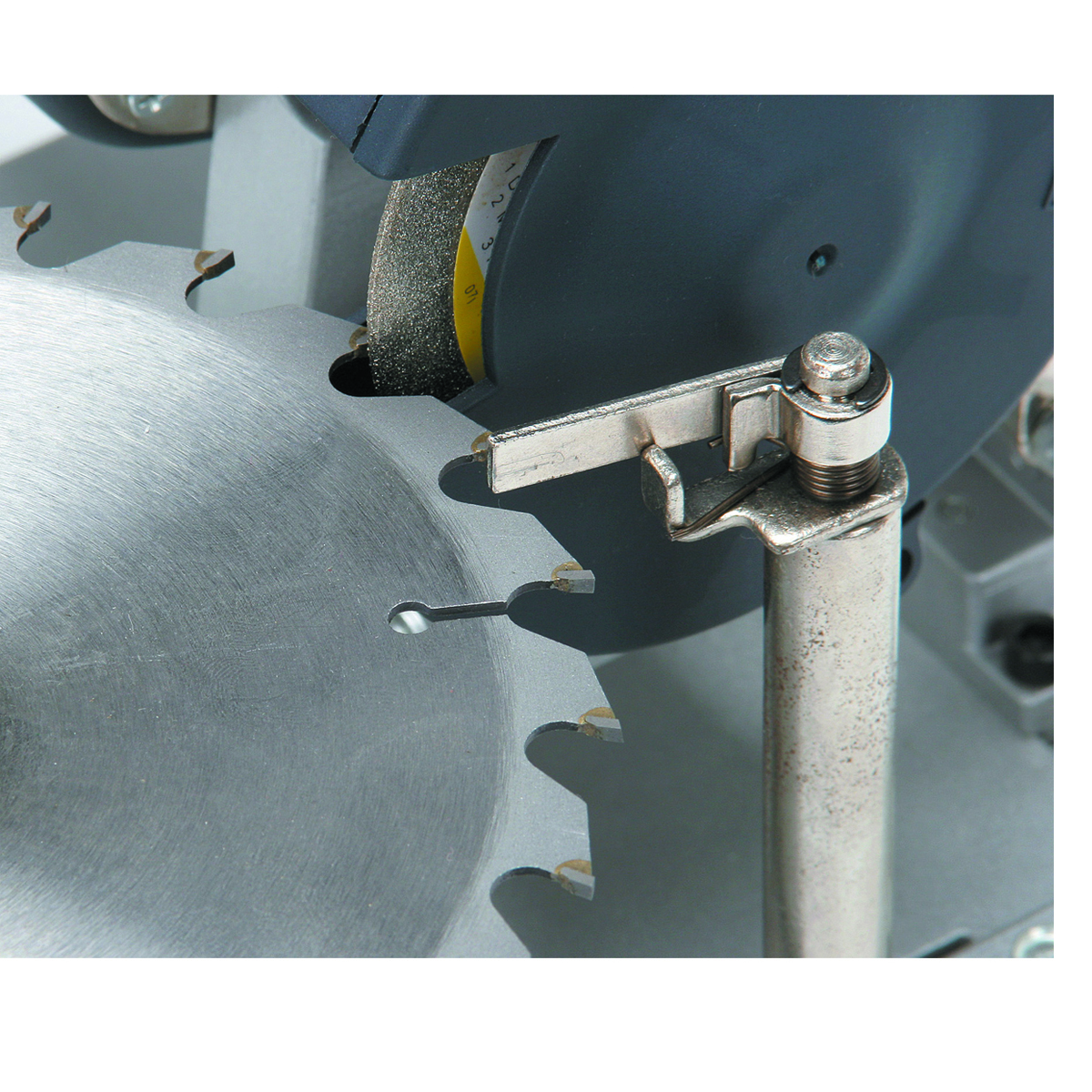 Electric Power Blade : Circular saw blade sharpener